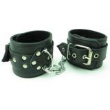 Чёрные наручники из кожи с пряжками
